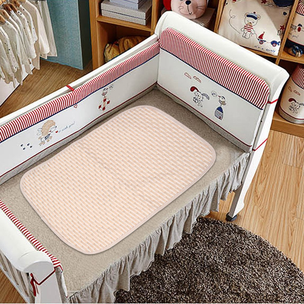 Size S Comfortable Newborn Baby Diaper Changing Pad Cotton Breathable Waterproof Baby Nappy Changing Mat Urine Pad Brown & white