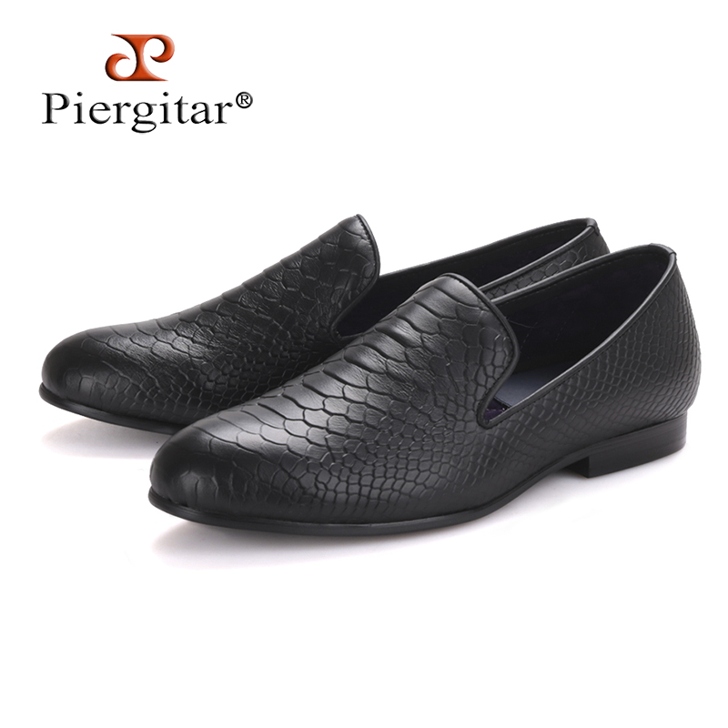 Piergitar fashion shoes using crocodile grain leather, black or navy blue color, handmade Prom and Banquet loafers men flats piergitar british style men dress shoes prom and banquet men loafers full grain leather with leather tassel men shoe male flats
