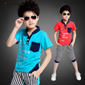 2015 летний стиль детская одежда набор детей мальчиков одежда мода письма печати футболка полоса брюки 2 шт. набор 110-160