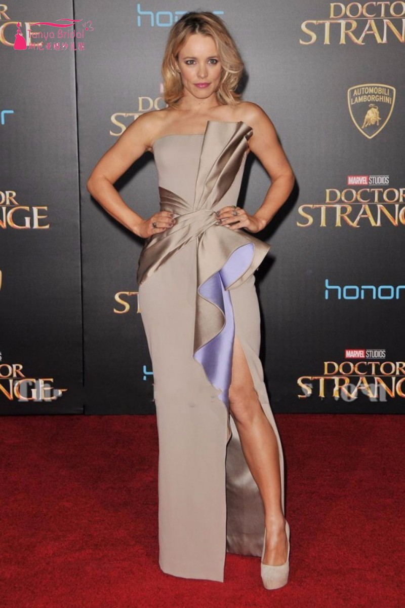 conew_rachel_mcadams_silver_strpless_thigh-high_slit_evening_prom_gown_doctor_strange_premiere_2016-3_conew1