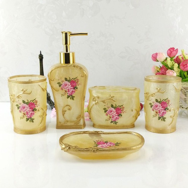 Hand Craft 5PCS Bathroom Accessories Set Floral Resin Soap Dish Bath  Toothbrush Holder Soap Dispenser Bath