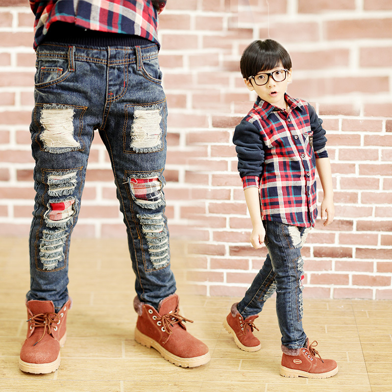 Teen boy ripped jeans — pic 12