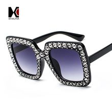 Luxury Crystal Decoration Oversize Frame Women Square Sunglasses Fashion Ladies Gradient Lens Glasses UV400