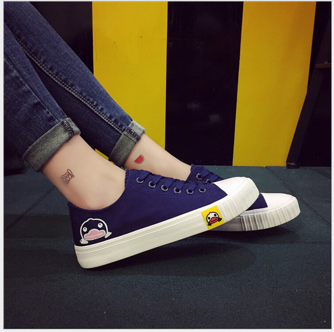 Free Shipping Spring Women Fashion Low Top Canvas Shoes flat heel cartoon duck Casual Shoes Canvas Shoes Size 35~40