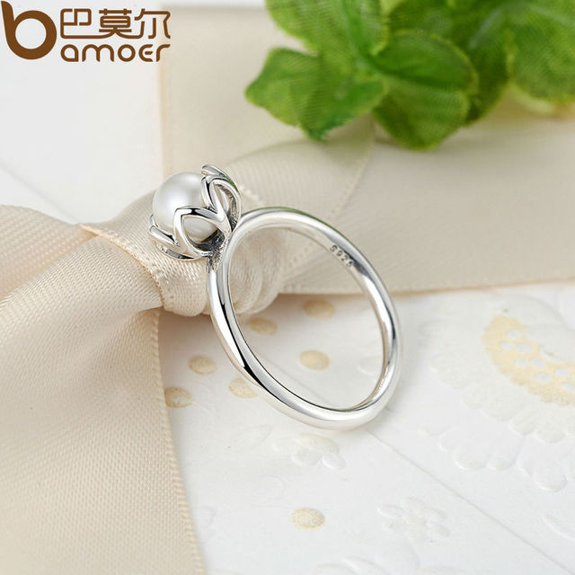 Sterling SILVER RING WITH WHITE FRESHWATER CULTURED PEARL
