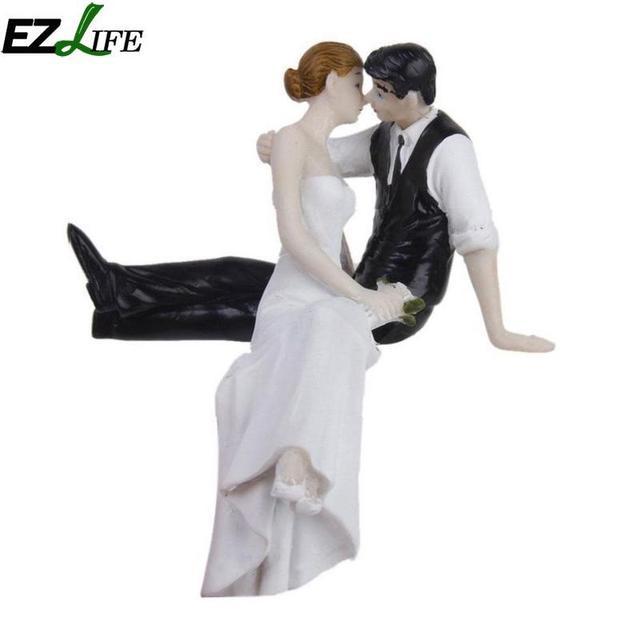 Bride and Groom Wedding Cake Topper Creative Cake Decoration Resin ...