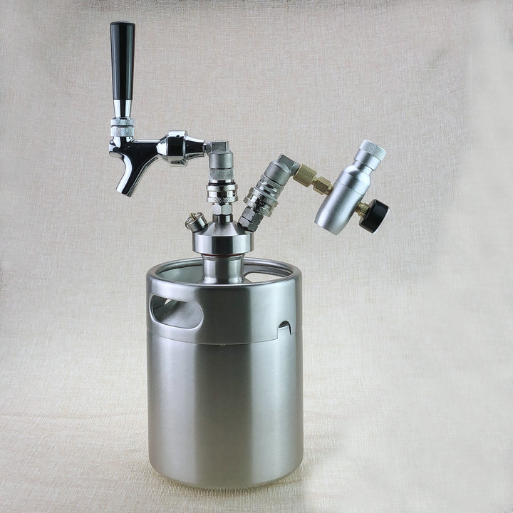 Hot New Birra A Casa 5L Mini Barilotto di Birra Growler + Mini Tap Dispenser con il Progetto di birra Rubinetto + Co2 keg kit caricabatterie