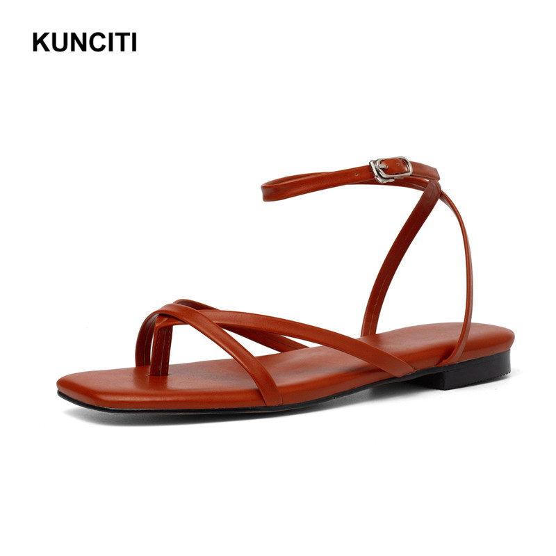 2019 KUNCITI Ladies Flat Sandals Genuine Leather Thong Shoes Flip Flop Gladiator Summer Shoes Korean Sandals