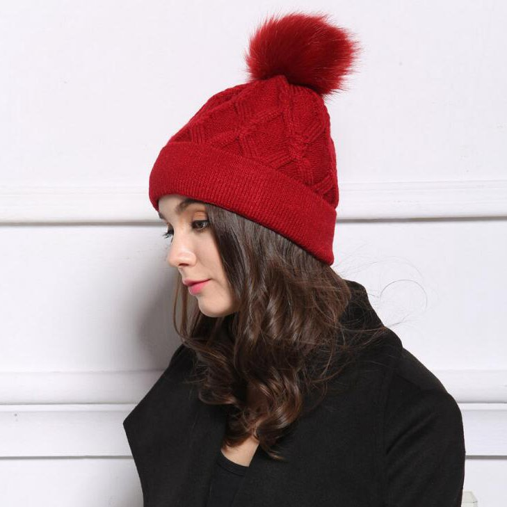 #1805 2016 Red/Black/white beanies women Fashion Touca inverno Toca feminina Casquette Toucas de inverno Winter hats for women