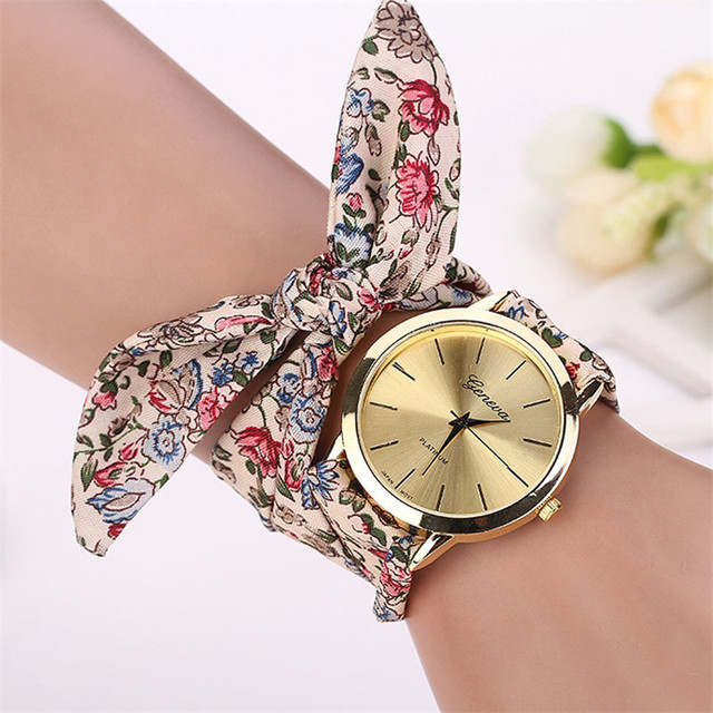 2018 Vogue Floral Strap Wristwatch Women's Jacquard Cloth Quartz Watch Women Gen