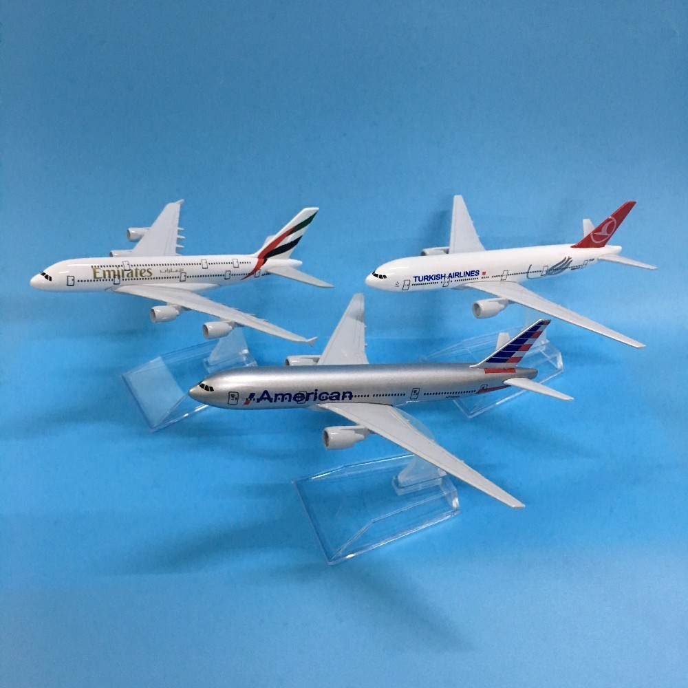JASON TUTU Plane Model Airplane Model Turkey Boeing 777 Aircraft Model Diecast Metal 1:400 Emirates Airbus A380 16cm Airplanes