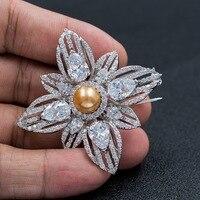 Manera de la Alta Calidad Cubic Zirconia Brown Artificial Flor de La Perla Broche Broche Pin Joyería de Las Mujeres Accesorios de Vestir B0078BRO