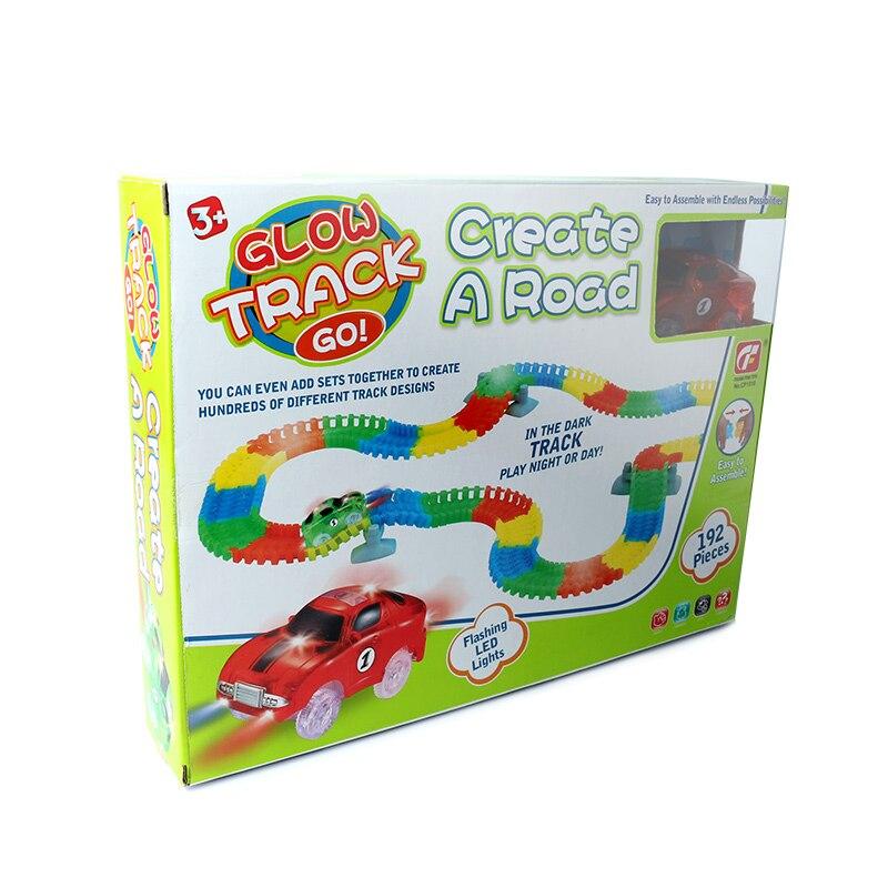 192 pièces magique piste Puzzle jouet montagnes russes brillant piste électronique jouet voiture brillant dans le noir pour les enfants couleur aléatoire