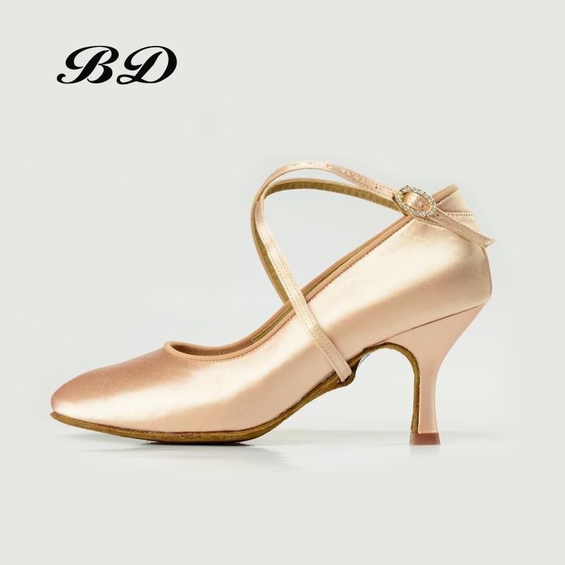 Factory Outlet Bonne Chaussures De Danse Salle De Bal Femmes Latine Chaussures BD 187 Jazz Moderne Brillant Diamant Boucle De Sport Professionnel CHAUSSURES SATIN