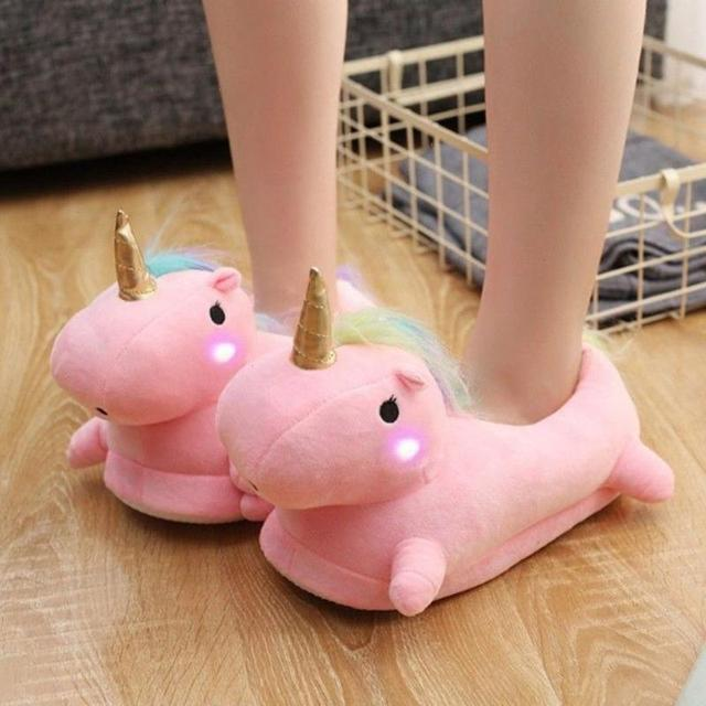 Light-up unicorn slippers 2