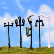 1PC Resin Craft Mini Street Light Lamp Antique Imitation Fairy Garden Home Miniature Jardin Terrarium Decor Micro Landscape(China)