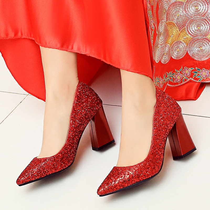 2017 fall new wedding shoes women sequined bridal high heel crystal shoes red sequins pinted toe square heel women shoe silver sequined high heel stilettos wedding bridal pumps shoes womens pointed toe 12cm high heel slip on sequins wedding shoes pumps