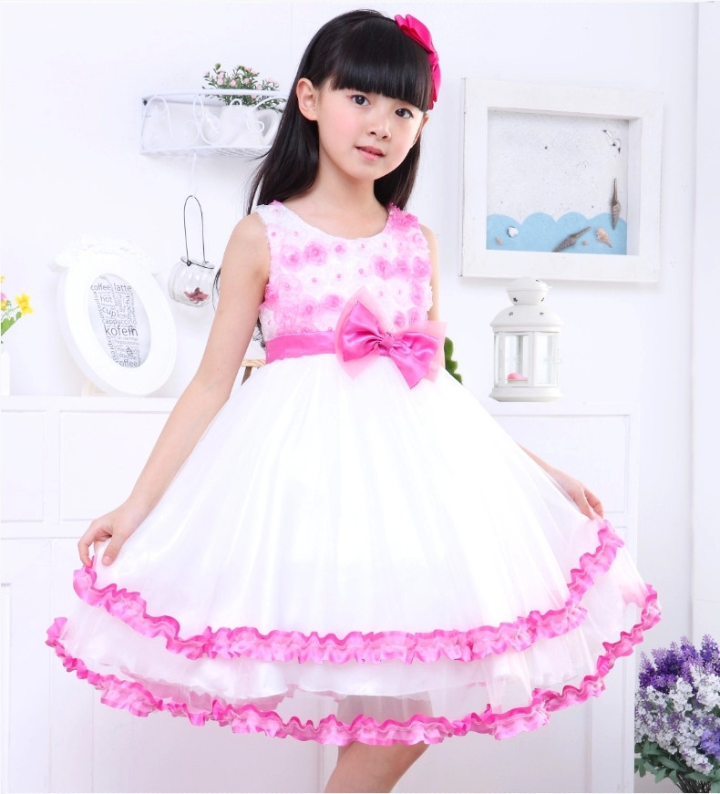 5132070409 2017 New Fashion Summer Children Clothing Kids Casual Floral Dresses Girls  Princess Sleeveless Ball Gown Dress-in Dresses from Mother & Kids