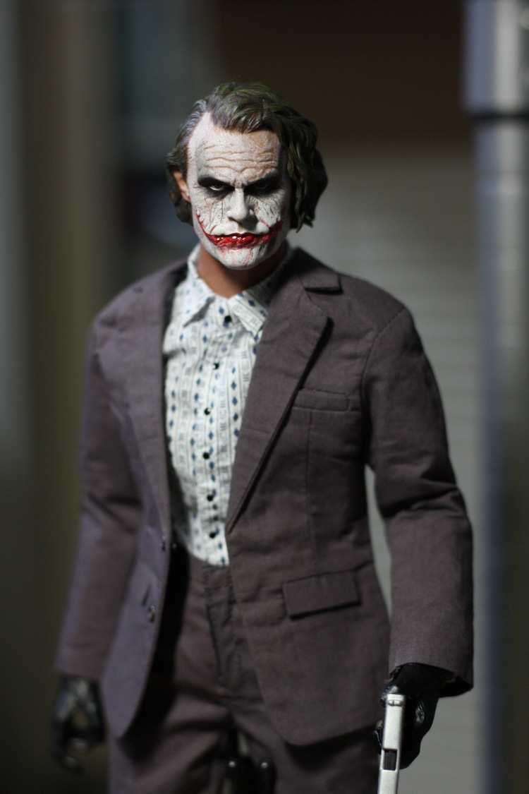 1/6 scale doll Model.12 Action figure doll Batman joker Clown robbers version,Collection Model Toys.No packaging 1 7 scale figure doll female clown harley quinn 10 action figure doll collectible figure model toy gift