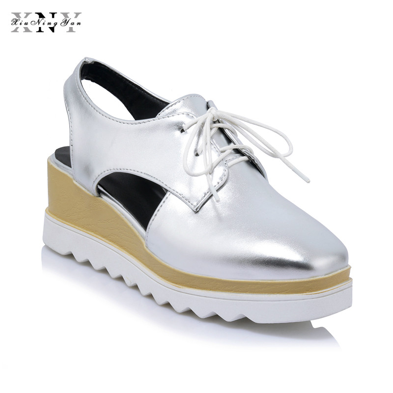 Women Platform Shoes Oxfords Brogue PU Leather Flats Lace Up Shoes Creepers Vintage Hollow Light Soles Casual Shoes Plus size 43 qmn women crystal embellished natural suede brogue shoes women square toe platform oxfords shoes woman genuine leather flats