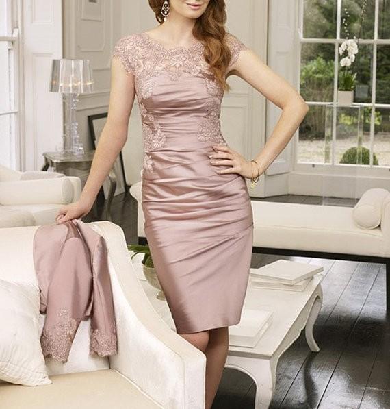 2016 barato mãe dos vestidos de noiva bainha joelho de comprimento Champagne laço curto vestidos com revestimento mãe das noivas para casamentos