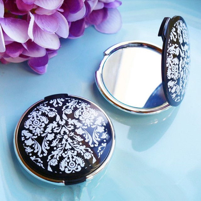wedding favor and giveaways for guests damask elegant make up mirror compact favors bridal
