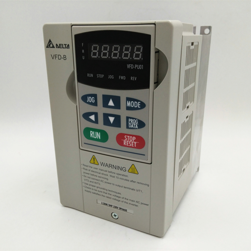 3-Phase 220V 2.2KW Delta Inverter VFD AC Motor Drive VFD022B23B 3HP 2200W Frequency Converter 0.1~400Hz Original New three phase general frequency converter 2 2kw 380v three phase motor warranty 18 delta