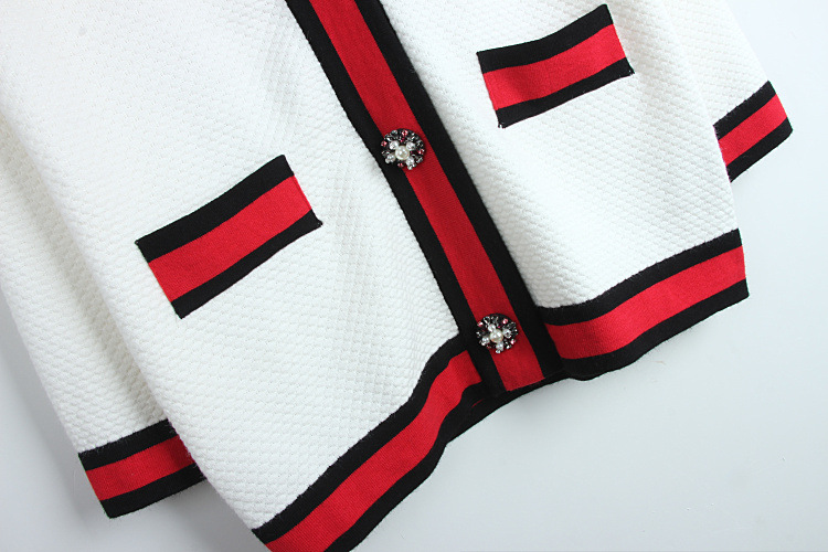 2017 Classic red black white stripes cardigan high-end pearl buckle loose V-neck  knit outwear women ladies chic top cardigan e6cc0b680