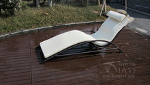 Modern Resin Wicker Chaise Lounge Foldable Cane Beach Lounge Chair transport by sea