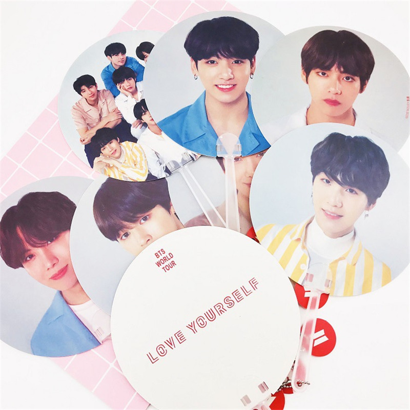 Kpop Bangtan Boys BT21 BTS WORLD TOUR Same Translucent Fans LOVE YOURSELF ANSWER Concert Same Fans 18X18 CM [mykpop]bts bangtan boys love yourself to tears mug coffee water milk ceramic cup creative kpop fans collection sa18061017