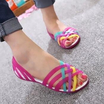 c1cbbd1f36 JACKSHIBO sandalias de mujer Color caramelo jalea zapatos para Niña Zapatos  planos femeninos zapatos de Peep Toe verano Playa San Valentín Arco Iris  jalea ...