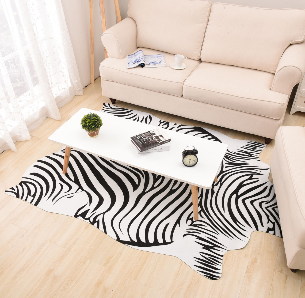 Außergewöhnlich Tierfell Teppich Dekoration Von Zebra/kuh Gedruckt Schwarz Weiß Pu Boden Uns