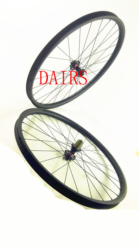 free shipping carbon MTB wheels 29er mtb wheelset MTB bike width 35mm Mountain bicycle MTB wheelset UD matte wheel oem mtb wheelset 29er mtb wheelset mountain bike 27mm width carbon wheel hookless mtb wheels with novatec hub