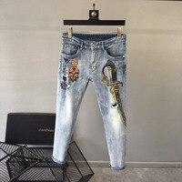 WE10951 модные Для мужчин джинсы 2018 взлетно посадочной полосы Элитный бренд Европейский дизайн вечерние стиль Мужская одежда