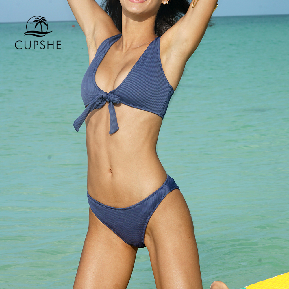 CUPSHE Deep Love Solid Bikini Set Women Blue Summer V-neck Bow Thong Two Pieces Swimsuit 2020 Beach Bathing Suit Swimwear 3