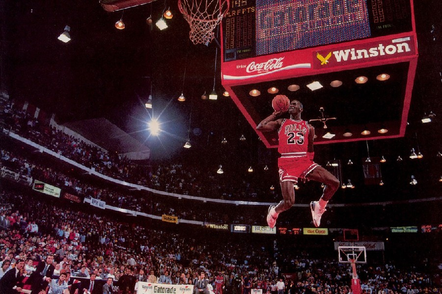 US $4.37 19% OFF|DIY Frame 19 PCS Choose Michael Jordan Classic Flying Dunk Basketball Art posters and print home decor Silk Fabric Poster Print in