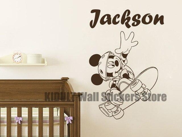 Muurstickers Slaapkamer Kind : Mickey mouse cartoon muurstickers skateboard vliegende thuis