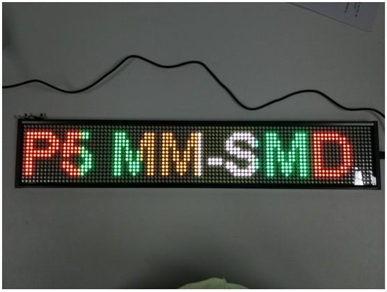 """P5 Semi-ao ar livre 20 ''x 3.7"""" 4 COR TEMPO Programável LEVOU Assinar Comercial Placa de Mensagem de TEXTO de ROLAGEM exibir para a Janela"""