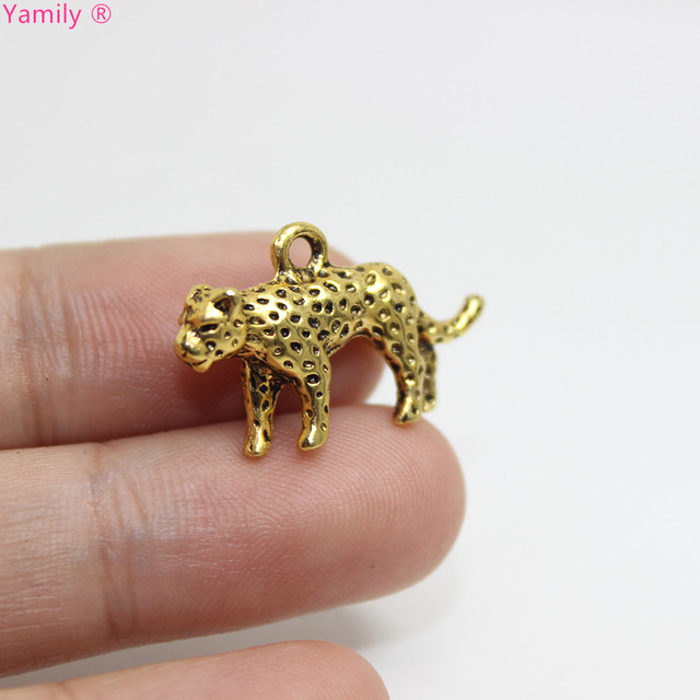 10pcs--Leopard Charms 14x25x5mm Antique gold tone Leopard Charms pendant