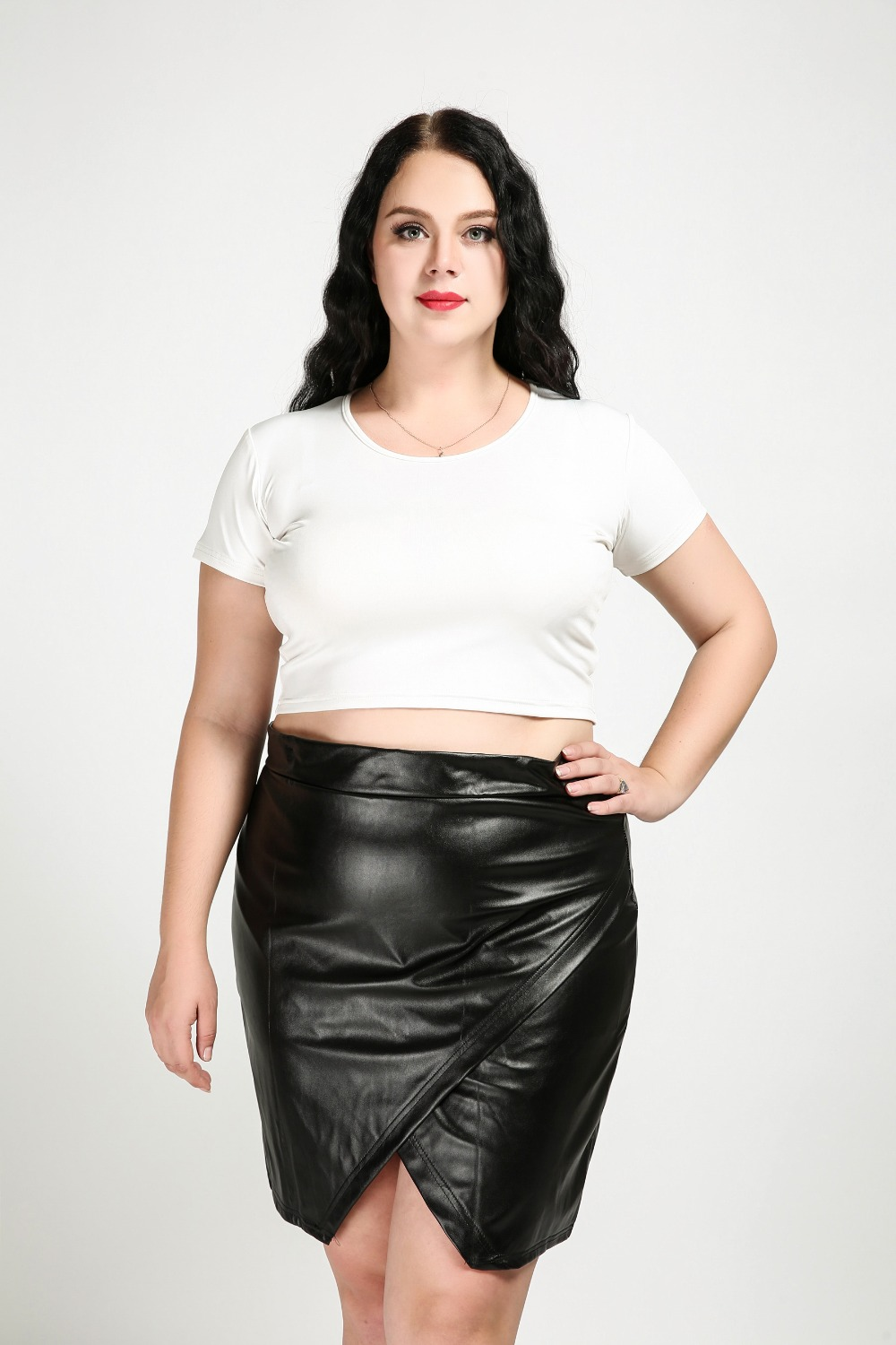 d2c485d5ee4e3 Women s Sexy Plus Size Faux Leather Skirt Black Knee Length Cocktail Party  Pencil Skirt Spring Autumn