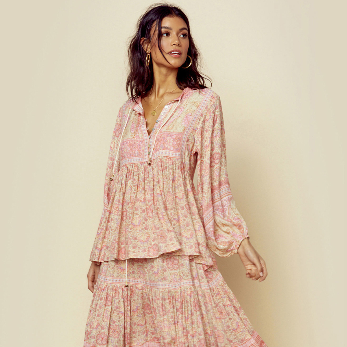 9881c2f61b16d US $16.91 33% OFF|Gypsy Pink Vintage Blouse Top Women Summer Long Sleeve V  neck Lace Up Retro Shirts Ladies 2019 Boho Floral Print Hippie Blouses-in  ...