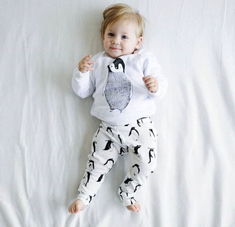 Baby Boy Girl Clothing Sets 2016 Autumn Infant clothes Penguin Cotton Long sleeve 2pcs suit(Tops+Pants) Baby girl clothes