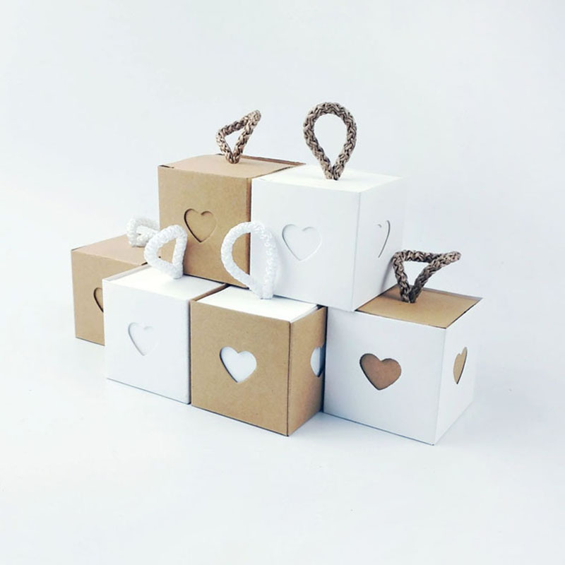 New Square Kraft Paper Gift Boxes With Rope Love Heart Window Candy Box Gift Bag Wedding Decoration Baby Shower Party Supplies