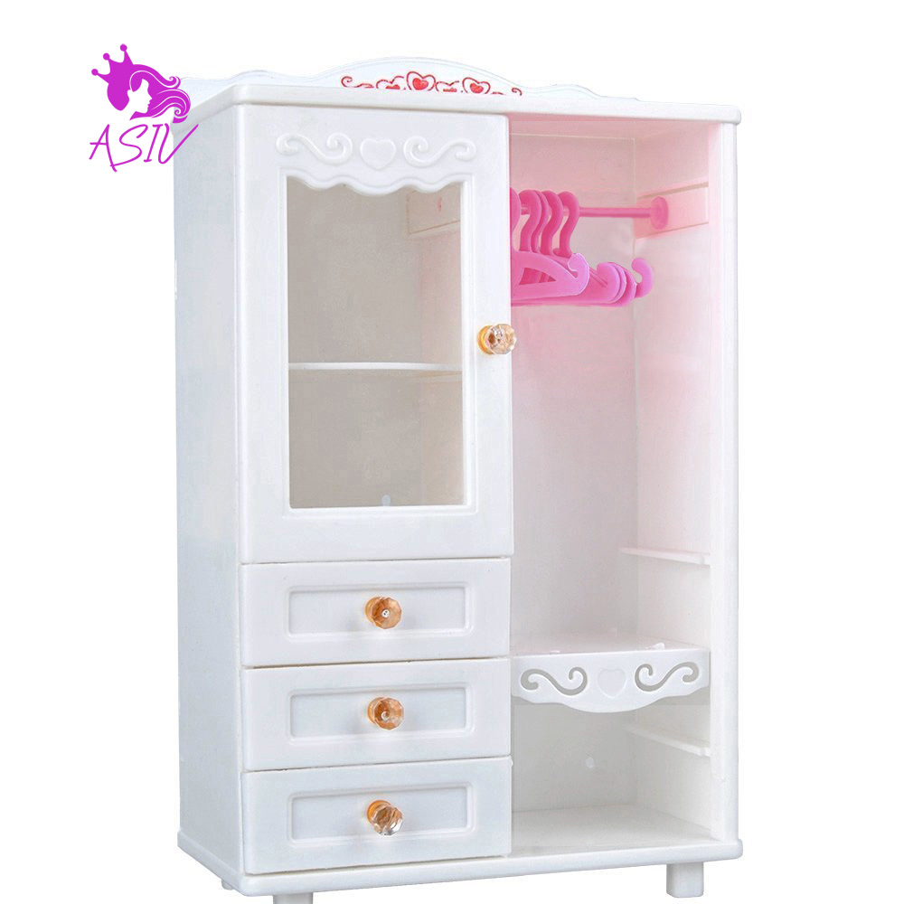 Dollhouse Furniture Wardrobe Closet And Hangers For Barbie
