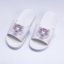 Zomer indoor slippers Badkamer Dames Slippers Stijlvolle persoonlijkheid Cartoon slippers vrouwen Zachte bodem strand slippers heren