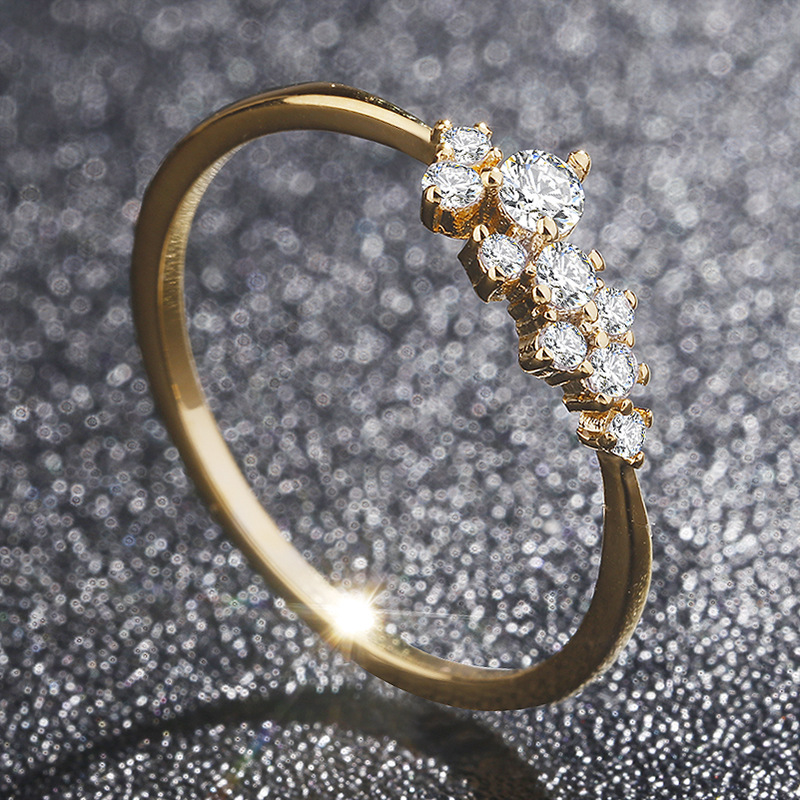 Fashionable Austrian Crystal Lady Ring Alloy Embedded Zircon Ring Wedding Banquet Engagement Ring Party Ring Jewelry WholesaleFashionable Austrian Crystal Lady Ring Alloy Embedded Zircon Ring Wedding Banquet Engagement Ring Party Ring Jewelry Wholesale