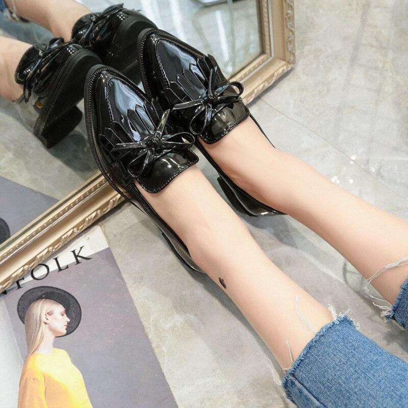 Mature En Femmes Marque Profonde L'europe Bas Automne Color Femme De photo Peu Printemps Cuir Conception Color Mode Plates 2018 Pointu Chaussures Photo Frange Nouvelle dOdSIqwU