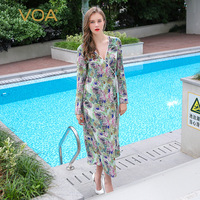 VOA 2018 осень с длинным рукавом шелковые халаты сексуальный глубокий v образный вырез ночная рубашка женская пижама плюс размер пижамы принт н