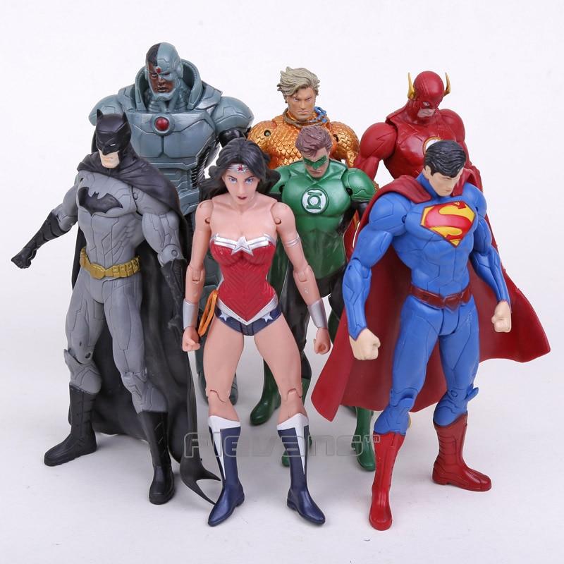 DC Comics Superheroes Toys 7pcs/set Superman Batman Wonder Woman The Flash Green Lantern Aquaman Cyborg PVC Figures 16CM набор фигурок dc comics batman wonder woman superman 3 в 1 17 см