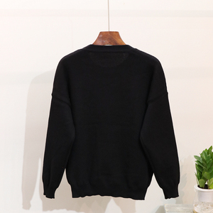 Image 3 - 2020 Autumn Women Embroidered Sequins Flower Long Sleeve Sweaters Casual Pants Two Piece Student Knitted Tracksuit Ladies D1289